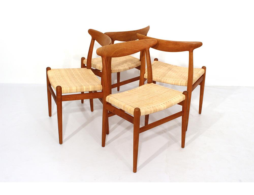 Hans J Wegner Chairs CH23